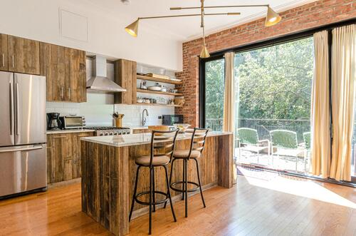 Kitchen with rustic kitchen cabinets