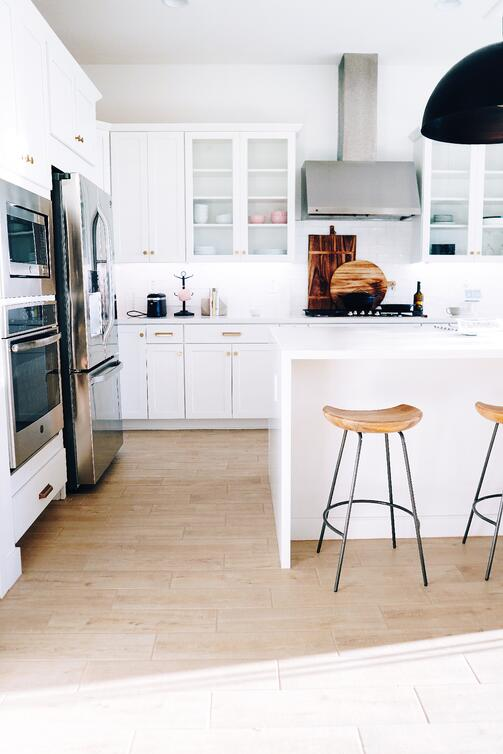 White glass front kitchen cabinets