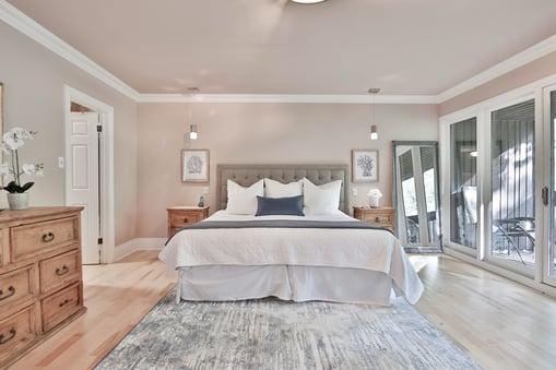 Bedroom with greige walls