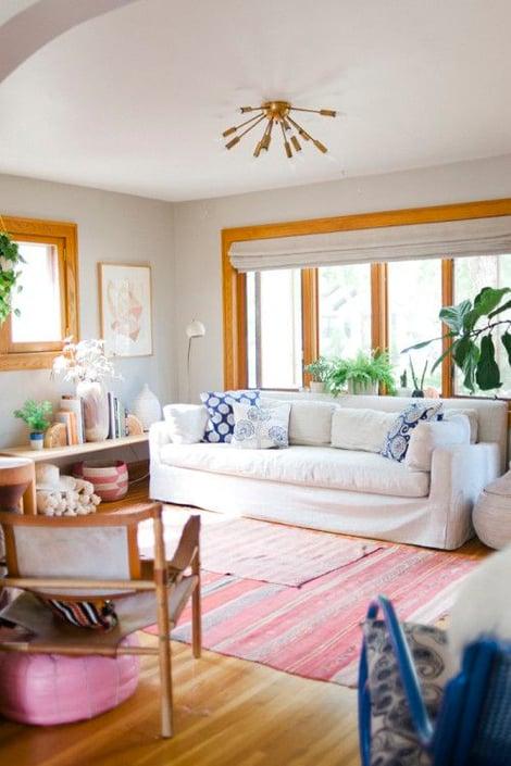 Oak trim with white walls