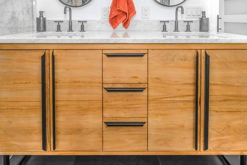 Bathroom cabinets in oak wood